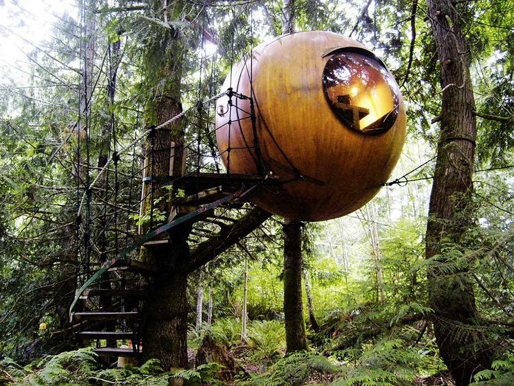 Free spirit spheres in Canada