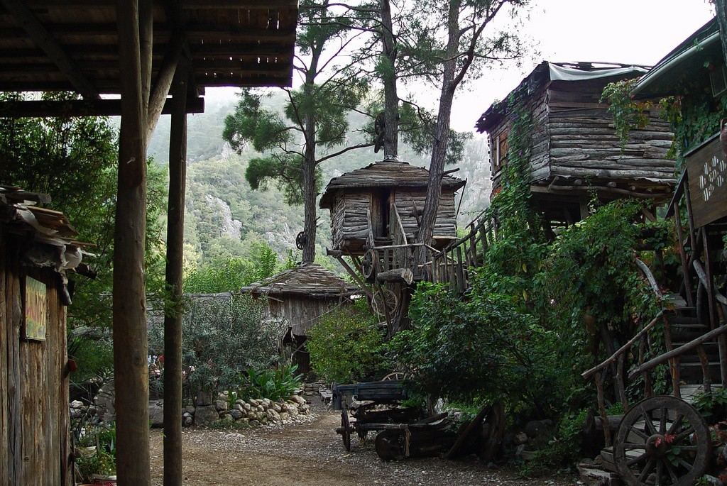 Kadir's Tree house in Turkey