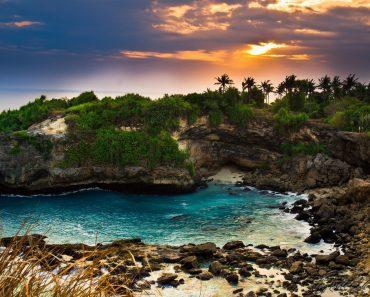 Nusa-Ceningan-in-Bali