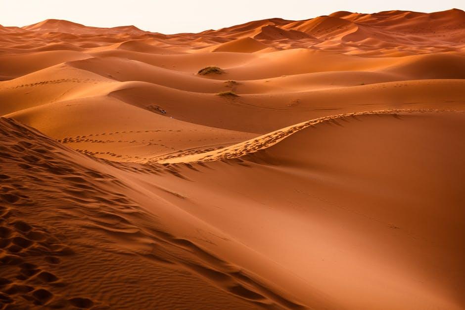 Dubai Deserts