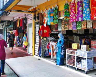 Street Shopping in Malaysia